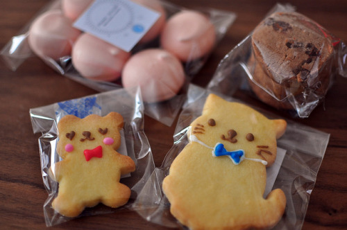 ileftmyheartintokyo:  Lovely cookies! by babykins. on Flickr.