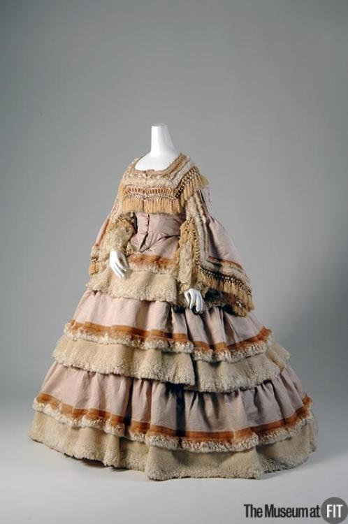 omgthatdress:  Dress 1859 The Museum at FIT