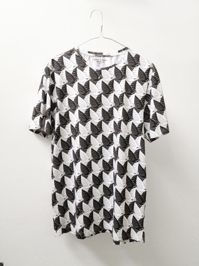 debutart:  Paul Smith Tessellation T-shirt by Sam Kerr