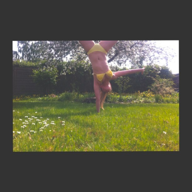 Gymnastics and summer is an awesome combination! ☀💚