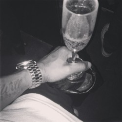 Iil bit of bubbly before I bring a select few a nice #cupset night | #smartae | #SecretSocietyTypeShit lol | if you know me you know where to find me type shit lol