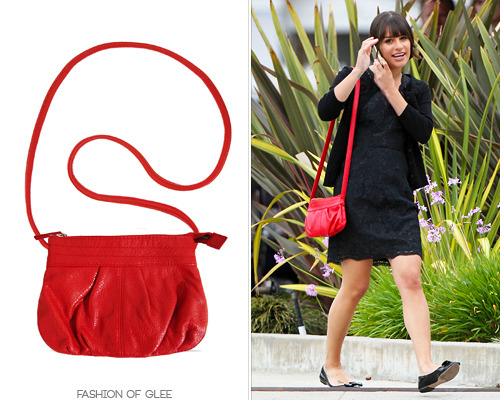 H&M Red Crossbody Bag - $19.99 (EBAY) Worn with: J. Crew dress Also worn in: 1x03 'Acafellas', 1x21 'Funk' with Forever 21 cardigan