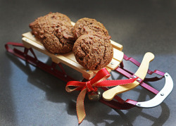 Chewy Molasses Cookies (grain and dairy free) by maggiehc on Flickr.
