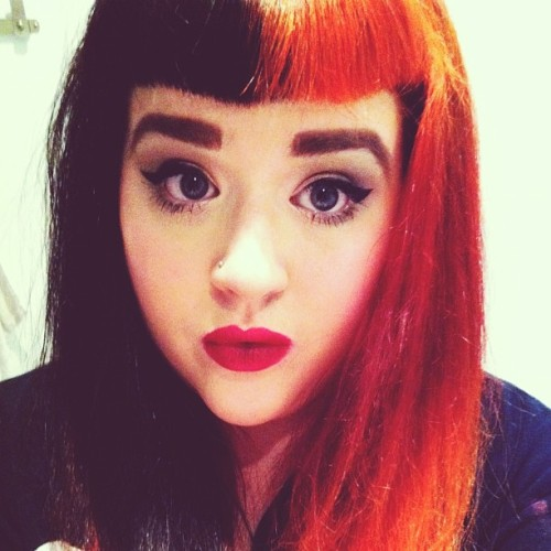 Out of boredom I done my makeup and I feel sassy! :3 #rockabilly #rockabillygirl #pinup #gingerhair #redhair #blackhair #bettiebangs #redlipstick #pale #me #smokeyeyes
