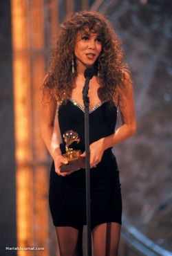 mcalendar:  20 Feb 1991 Mariah Carey dianugerahi Best Pop Vocal Performance Female untuk Vision Of Love oleh Grammy Awards #MCalendar http://t.co/5DiL0ycw
