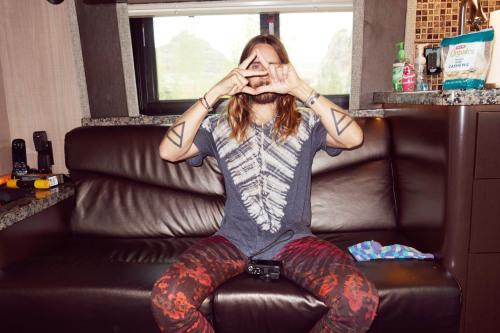 terrysdiary:  Jared on his tour bus #1