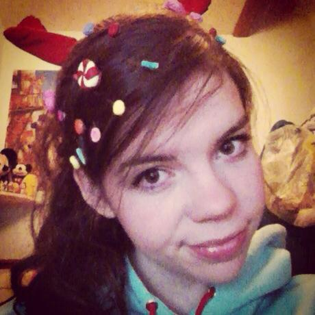 Another pic of my vanellope cosplay :)!