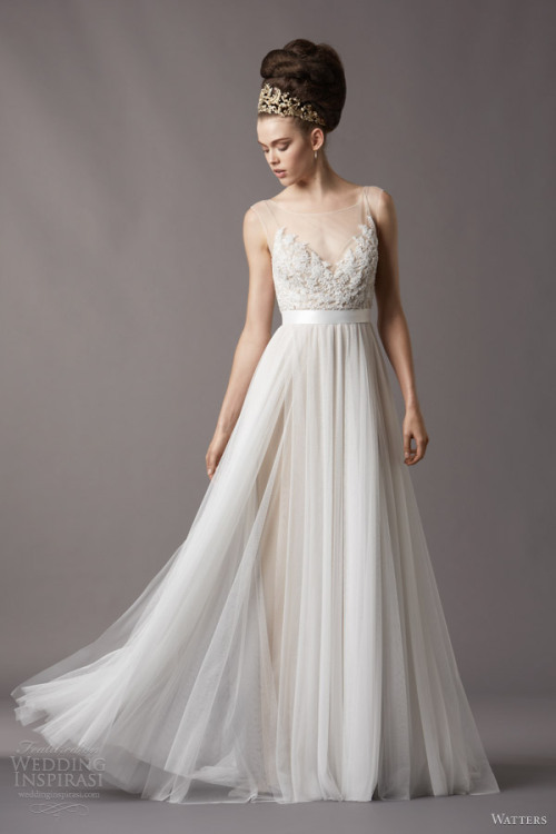 http://www.weddinginspirasi.com/2013/05/03/watters-brides-fall-2013-wedding-dresses/
