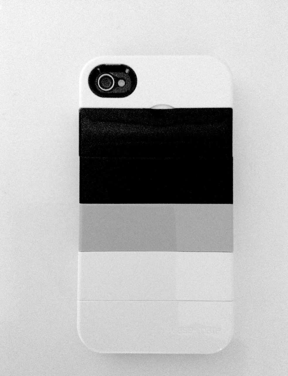 thevanityclub:  in love with my new iphone4 case