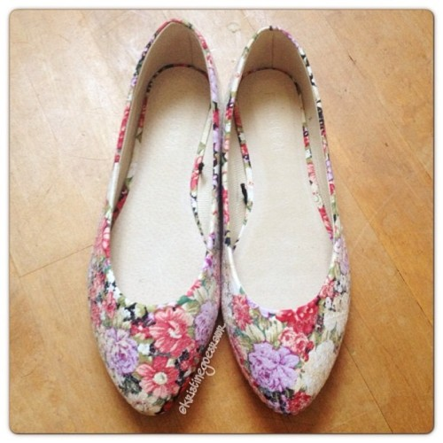 In love with my new floral sequin flats ❤ Originally 19.80, on sale for 9.99, plus an extra 30% off making them only 6.99 😁