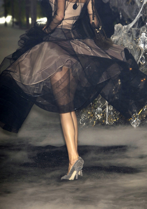 notordinaryfashion:  Christian Dior Haute Couture-John Galliano