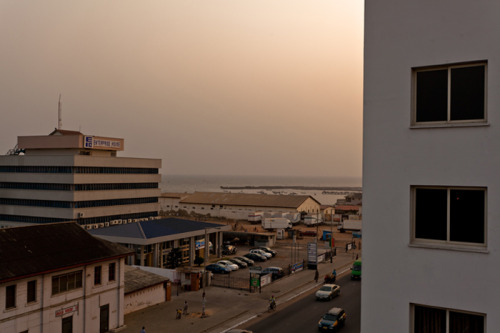 tjletsa:  Rooftops x Early Accra Evenings