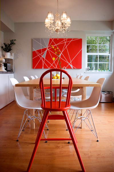 I believe the painting is stealing the show.   What a great idea for DIY artwork!  [Found (via). Unable to re-blog]