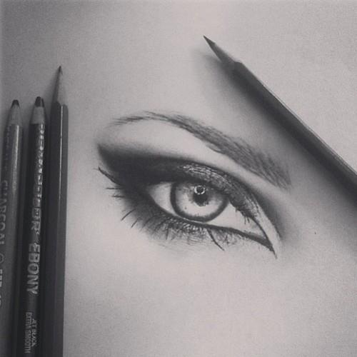 lovemetoinfinity:  i wish i could draw like that