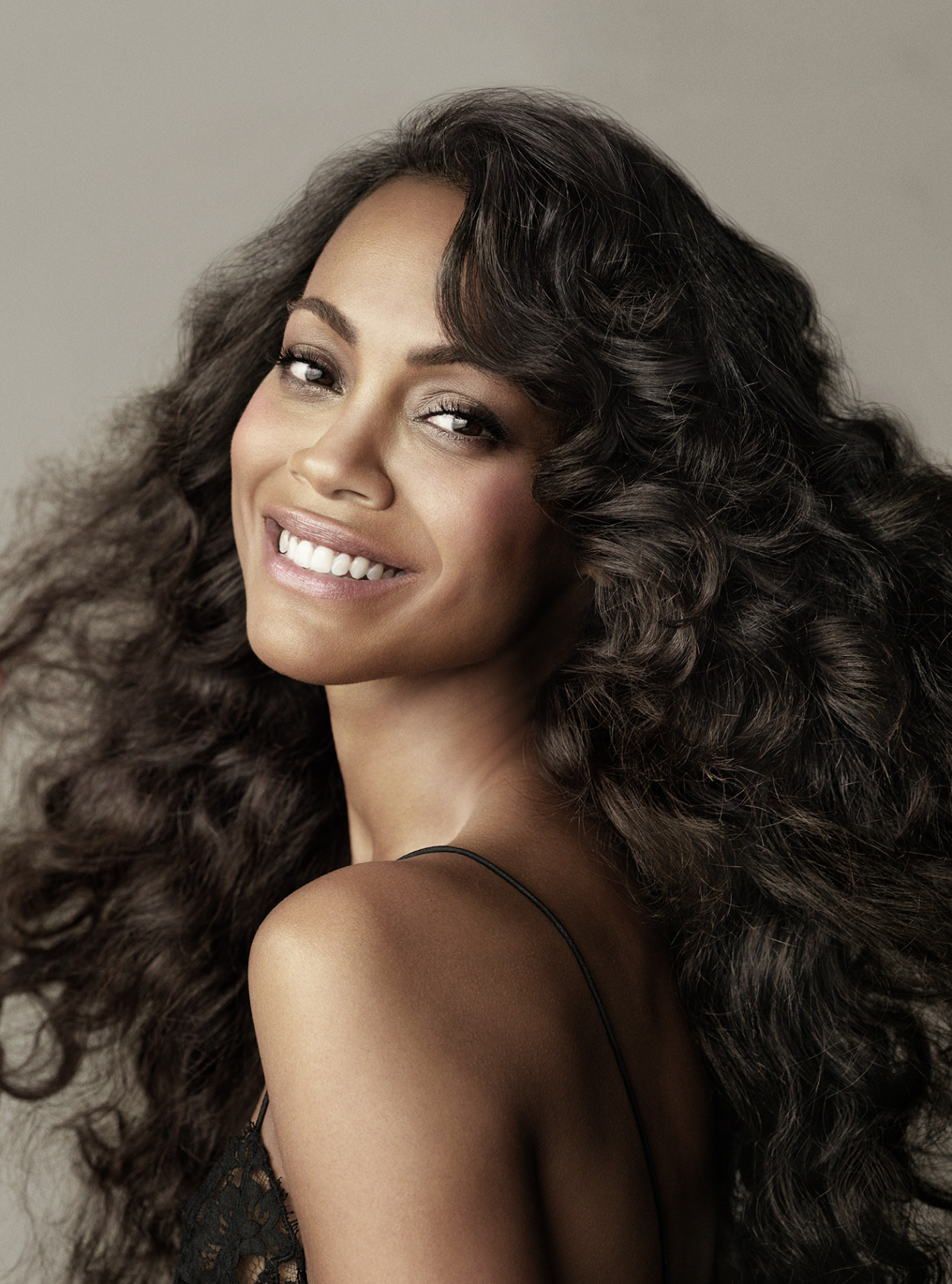 guestfromthefuture:  Zoe Saldana – Tom Munro Photoshoot for Allure (June 2013)  Click on the picture for the full-size view.