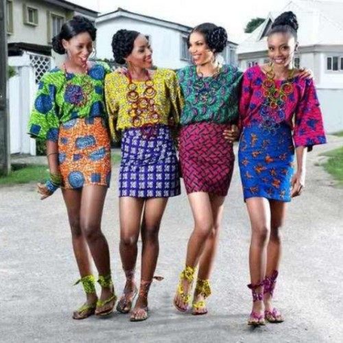Since I'm still up…here's a dose of #African #Fashion …Simply beautiful! #colorblock #color #summer #africa