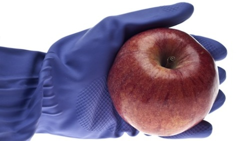 FDA releases new food safety standards     The two new food safety rules aim to help prevent foodborne illness.