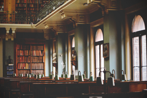 booklover:  V&A National Art Library (by Martina~)