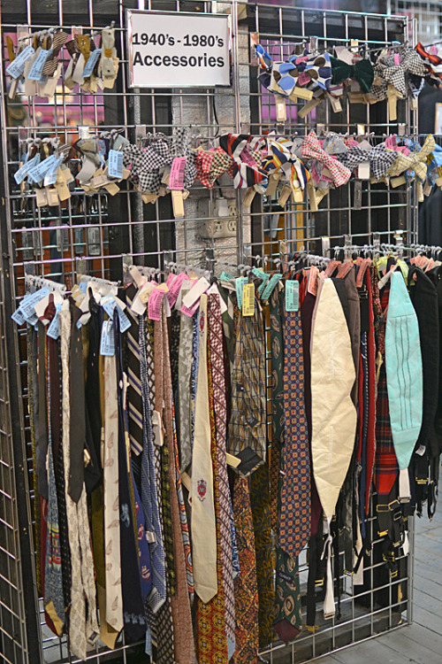Neckties, bow ties, and cummerbunds from the 1940's-1980's - so soigné!