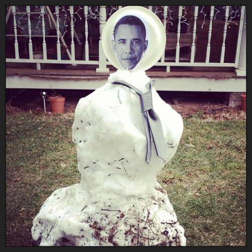 I'm Barrack Obama and I approve this snowman.