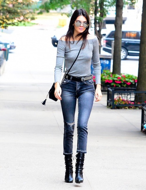 Kendall Jenner tight jeans