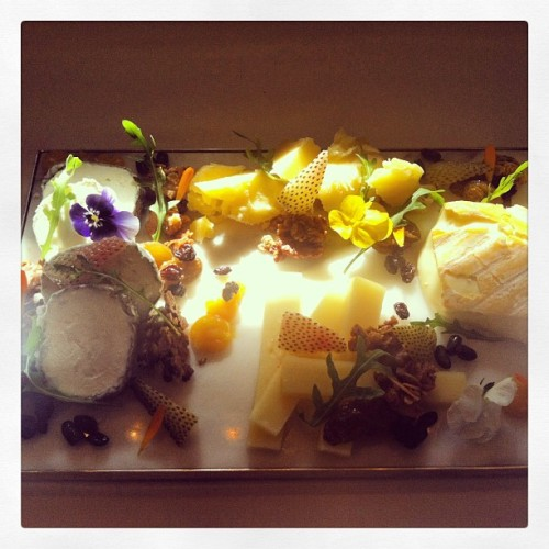 timothyhollingsworth:  Plat de fromage (at The French Laundry)