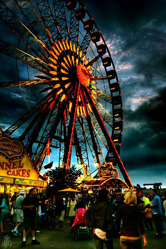 The Carnival (via inkyfingerz)