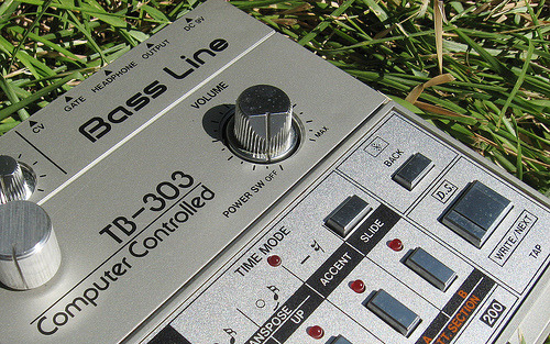 Modded TB-303 (via zonkout)
