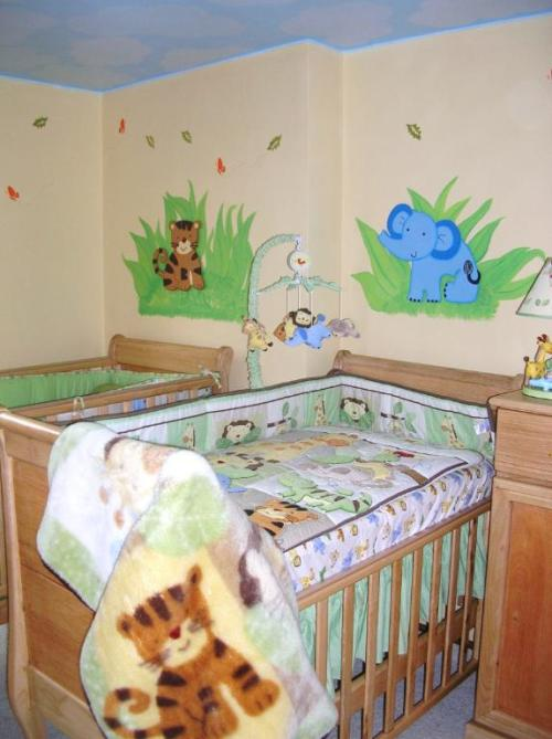 Jungle wall paintings!
