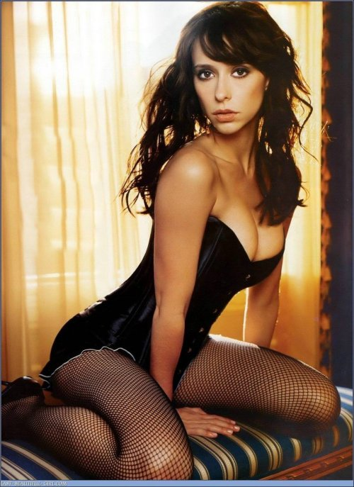 thehottest:  humansvsrobots: PHOTO: Jennifer Love Hewitt PHOTO: BONER