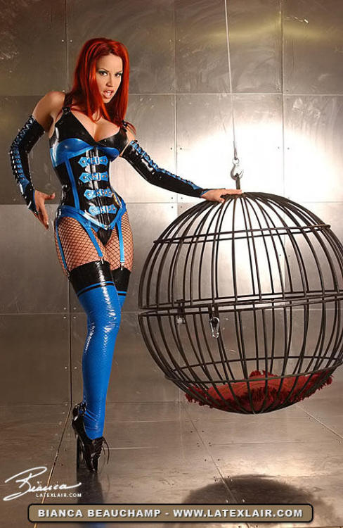 thehottest:  babesclub: Bianca Beauchamp says that your room is ready