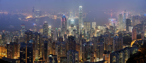 arshdeep: whatson: pilnick: Hong Kong Skyline  Wikipedia's picture of the day. Click through for the gorgeous 4,250 × 1,844 full size image.