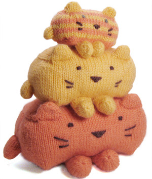 Everyone needs stackable cats.