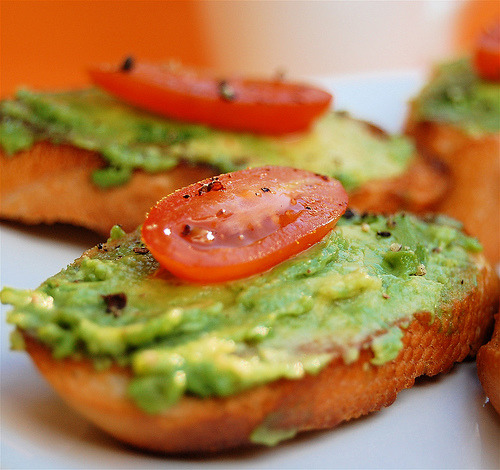 (via Bowhaus) Avocado and tomato and toast