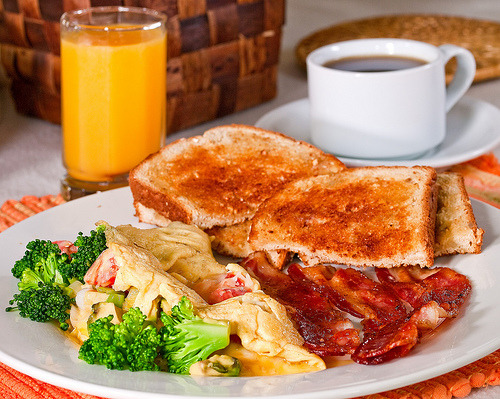 (via Walter_Ezell) Veggie omelette, bacon and toast