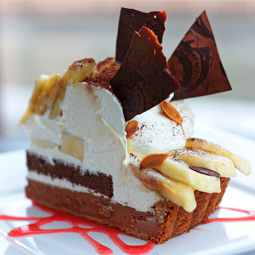 (via Fenf3n) Chocolate Banana Tart