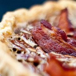 Bacon Bourbon Pecan Pie Click-through for recipe!! via rainetoday