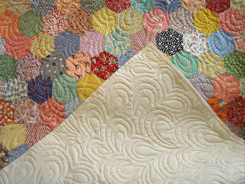 Mom's Handpiece Hexagon Quilt (via missblackpepper)