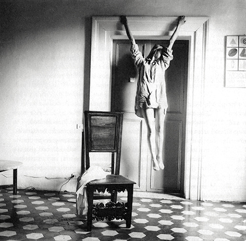 from Angel series, Rome / a b&w fotograf by Francesca Woodman, 1977-78