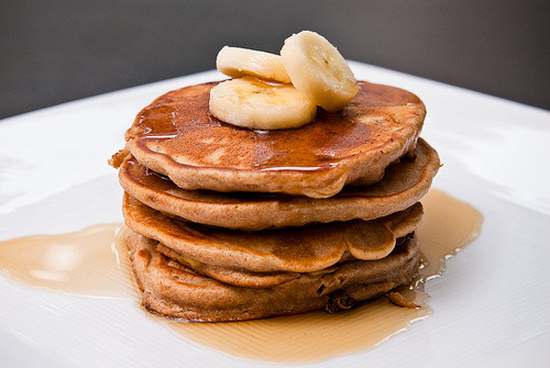 gluttonyisabliss: Elvis Pancakes (Peanut Butter & Banana Pancakes) (via benfRank: photography & design)