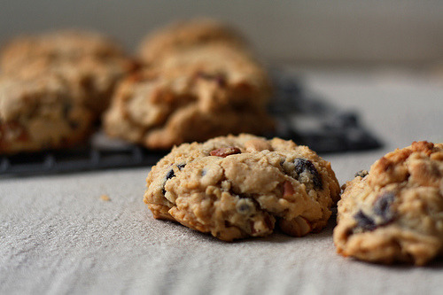 Vegan Peanut Butter Crunch Trail Mix Cookies (via sweeteats)