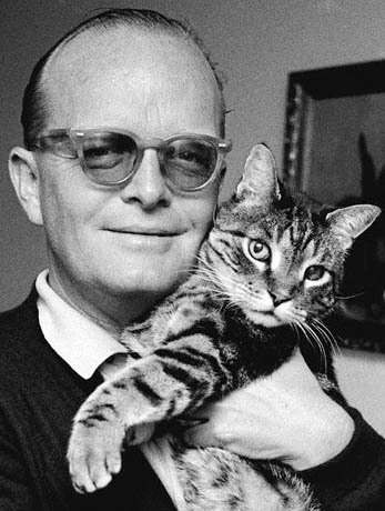 annahatesbananas: Truman Capote and feline companion