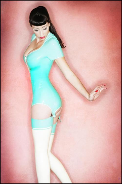 Latex garter dresses are COOL! x-zone: (via wonderlandcode831)