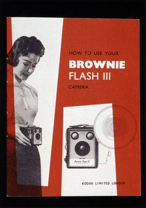 'How to use your Brownie Flash III camera' I could do with this manual.