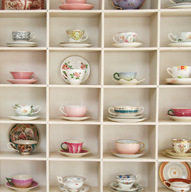mooiedingen:  daydreamlily:  lalanii: teacups galore