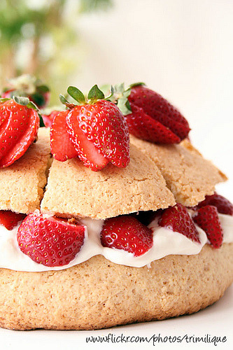 Strawberry Cake Cookie