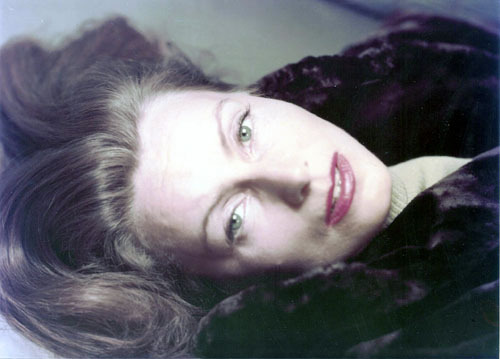 "oldhollywood:  Greta Garbo at 46, in her first color photo session (1951, photo by Anthony Beauchamp) (via zuma) ""There are some who want to get married and others who don't. I have never had an impulse to go to the altar. I am a difficult person to lead."""