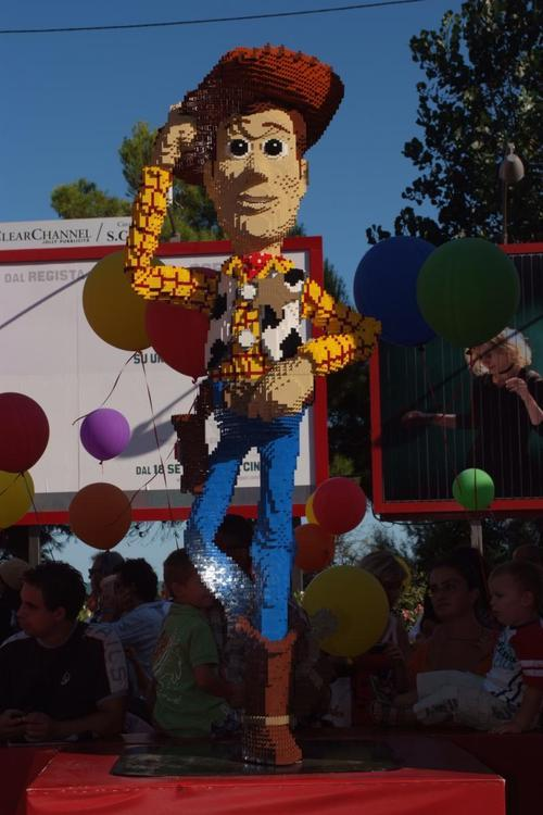 LEGO Woody from Toy Story via iloveyougene