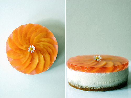 { Chilled Peach Cheesecake by L'Atelier Vi. } Alksdjflkdjfldfffgld!! WILL SOMEONE COME FOODING WITH ME?