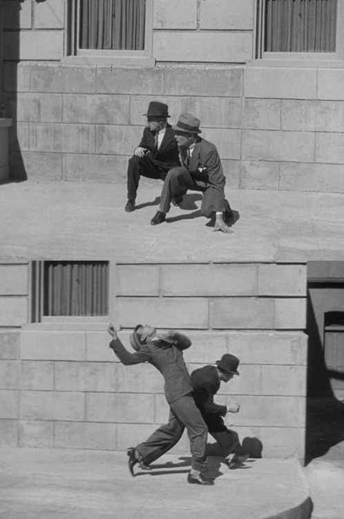 James Cagney & Edward Woods dodge bullets in The Public Enemy (1931, William A. Wellman)